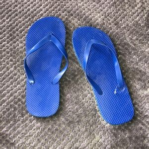 Size 11/12 blue Sandles